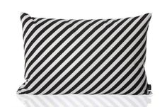 Ferm Living Ferm Living Black & White Pillow - fawn&forest