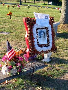 Patsy Cline's Grave, Winchester, VA,