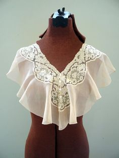 Victorian Edwardian Lace Collar Cream Pale Pink by VintageBroad, $18.00