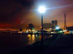New Orleans at night! #riverwalk #riverfront #la #bourbonstreet #nawlins #frenchquarter #neworleans #citylights #goodeats #goodsights by capturedbykatrina