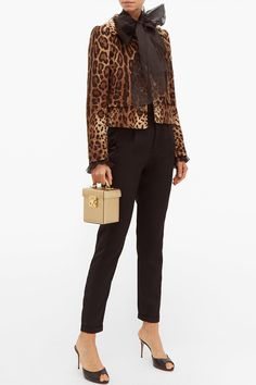 The dream leopard print jacket Only Fashion, Womens Fashion, Ad Fashion, Fashion Ideas, Leopard Print Jacket, Going Out Tops, Brown Jacket, Tiger Print, Tailored Trousers
