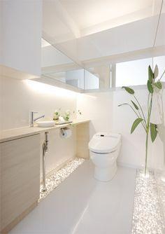 Impress Your Site visitors with These 14 Cute Half-Bathroom Layouts Architecture Bathroom, Bathroom Toilets, Shower Room, Bathroom Interior, Bathroom Decor, Guest Toilet, House Interior, Bathroom Design, Toilet Design