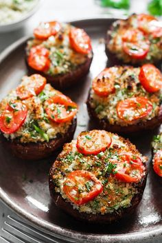 Try these amazing portobello mushroom recipes tonight! Portobello mushrooms are the start of the show in these delicious recipes, perfect for meat eaters,… Grilled Portabella Mushrooms, Vegan Stuffed Mushrooms, Grilled Portobello, Mushrooms Recipes, Recipe For Portabello Mushrooms, Stuffed Mushroom Recipes, Stuffed Portobello Mushroom Caps, Garlic Mushrooms, Champignon Portobello