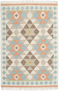 This carpet is woven mainly in Dhurrie in India, but also in other places in the country. It is an Indian kelim weaving made of wool. Navy Blue Area Rug, White Area Rug, Beige Area Rugs, Blog Deco, Rectangular Rugs, Orient, Home Decor Trends, Rug Making, Abstract Pattern