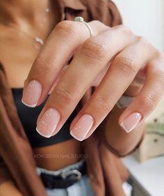 Nageldesign - Nail Art - Nagellack - Nail Polish - Nailart - Nails yes or no? Classy Nails, Stylish Nails, Casual Nails, Chic Nails, Ten Nails, Nagellack Trends, Minimalist Nails, Minimalist Fashion, Dream Nails