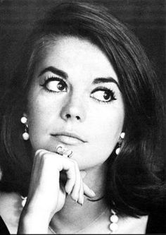 """NATALIE WOOD. Born: July 20, 1938 in San Francisco, CA, USA. Died: Nov 29, 1981 (age 43) from Drowning & other undetermined factors, in Santa Catalina Island, CA, USA. Natalie married Robert Wagner twice which were highly publicized. Known for, """"West Side Story"""" (1961), """"Rebel Without a Cause"""" (1955), """"From Here to Eternity"""" (1979) for which she won a Golden Globe Award."""