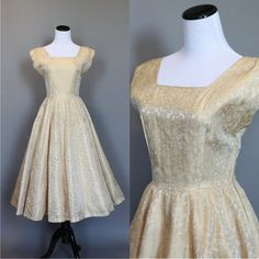 MEASUREMENTS:  Bust: 34  Waist: 26  Hips: free  Skirt Length: 32  Bodice Length: 15 shoulder to waist in back    CONDITION:  clean and ready. Other than that the bodice/sleeves on this are terrible, the fabric and skirt are very pretty.