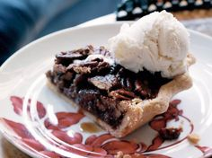 """Texas State Fair Pecan Pie 