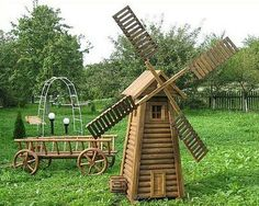 Wooden Projects, Wood Crafts, Fish Pond Gardens, Old Wood Doors, Garden Windmill, Outside Decorations, Wishing Well, Summer Crafts, Backyard Landscaping
