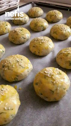 Baked Potato, Hamburger, Potatoes, Bread, Baking, Ethnic Recipes, Desserts, Food, Essen