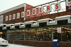 Englanders <3 Downtown Oakland, Maryland(Clay and I go in here every year! Super excited to go back this year!)