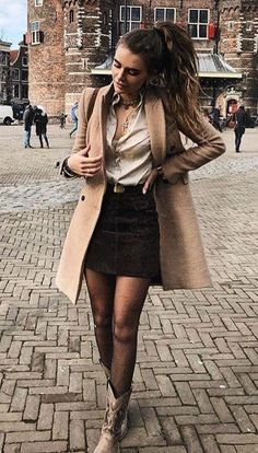 How to wear pantyhose in winter: 26 ways to update your garment on cold days - Looks e Tendências ♡ - Fashion Outfits Winter Fashion Outfits, Fall Winter Outfits, Autumn Winter Fashion, Look Winter, Mode Outfits, Skirt Outfits, Classy Outfits, Casual Outfits, Elegantes Outfit