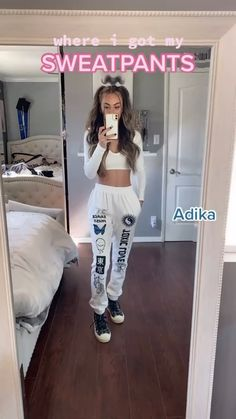 Teenage Girl Outfits, Teen Fashion Outfits, Teenager Outfits, Retro Outfits, Outfits For Teens, Trendy Outfits, Basic Outfits, Cute Clothing Stores, Clothing Hacks