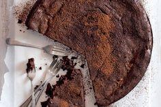 http://www.apetitonline.cz/recept/cokoladovy-dort-1