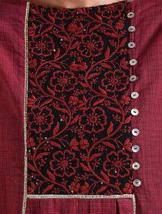 Embroidery On Kurtis, Kurti Embroidery Design, Khadi Kurta, Heavy Dresses, Kurta Neck Design, Fashion Pants, Boho Fashion, Neckline Designs, Salwar Designs
