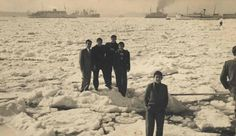 Historical pictures of Istanbul - Tarabya - frozen Bosphorus Danube River, World Cities, Black Sea, Historical Pictures, Istanbul Turkey, Ottoman Empire, Places Around The World, Once Upon A Time, Old Photos