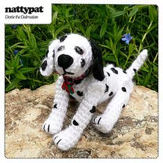 Someday when I learn how to crochet, I will make this adorable amigurumi.