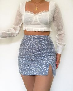 Likes, 93 Comments - Daily Outfits Cute Casual Outfits, Pretty Outfits, Stylish Outfits, Mode Outfits, Skirt Outfits, Fashion Outfits, Fashion Fashion, Looks Chic, Mode Vintage