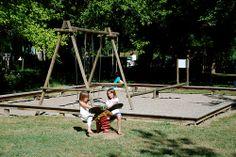 camping-dordogne-aire-de-jeux-pour-enfants