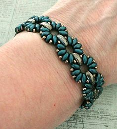 Linda's Crafty Inspirations: Bracelet of the Day: Claudia - Steel Blue & Graphite
