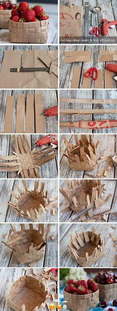 Y si queremos otro tipo de cesta, también podemos hacerla con tiras de papel en vez de canutillos:
