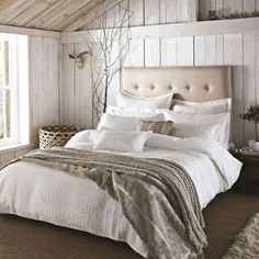 Champagne bed linen - different linen fabrics give of a warm and cozy texture. Keeping the room very harmonious using whites and creams to make Sally and Allen feel relaxed and calm. Cosy Bedroom, White Bedroom, Modern Bedroom, Master Bedroom, Bedroom Decor, Romantic Bedrooms, Bedroom Ideas, Winter Home Decor, Bedroom Images