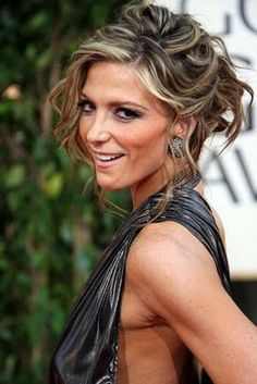 new updo hairstyles 2011 Wedding Hairstyles Updos Wedding Hairstyles Updos Up Hairstyles, Wedding Hairstyles, Updos Hairstyle, Style Hairstyle, Formal Hairstyles, Hairstyle Ideas, Thin Hair Updo, Messy Updo, Messy Curls