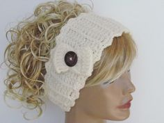 Hey, I found this really awesome Etsy listing at https://www.etsy.com/listing/159916617/cream-crochet-headband-with-wooden