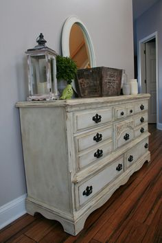 Annie Sloan Chalk Paint in Old White with heavy application of Annie Sloan Dark Wax