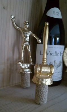Love this idea for old trophies - from Stash Style