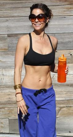 Brooke Burke Looks Great At 41 -- what an inspiration!!