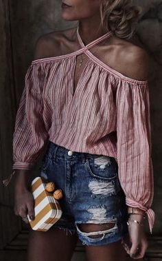 Red and white striped off-shoulder top blusas canoa, moda infantil feminina, feminino Casual Outfits, Summer Outfits, Cute Outfits, Fashion Outfits, Womens Fashion, Fashion Trends, Cheap Fashion, Fashion Ideas, Country Outfit Summer