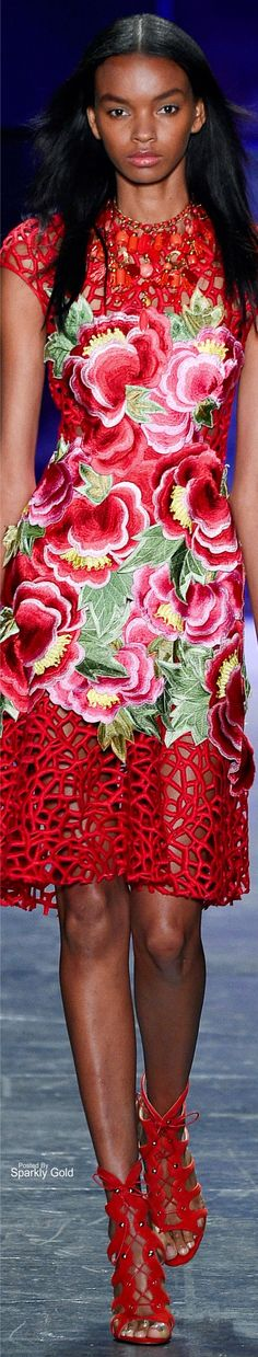 Naeem Khan Spring 2017 RTW More Luxury Fragrance - http://amzn.to/2iFOls8