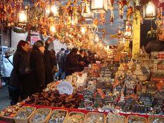 German Markets, German Christmas Markets, Christmas Markets Europe, Christmas Shopping, Christmas Time, Christmas Ideas, Nuremberg Germany, Beautiful Christmas Decorations, Germany Castles