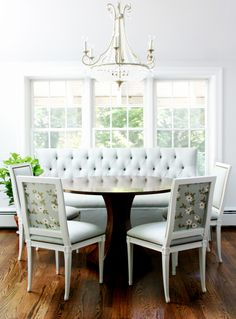 DIY Upholstered Built In Bench {Part Banquettes . Modern Upholstered Benches Breakfast Nooks For Small . Home Design Ideas Dining Room Trends, Dining Table With Bench, Home Decor, Farmhouse Style Kitchen, Dining Room Bench, Kitchen Seating, Room Furniture Design, Dining Room Furniture Design, Furniture Design