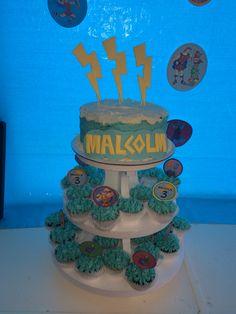 Hercules cupcakes and cake