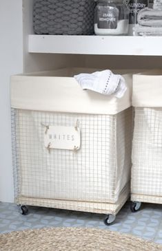 DIY to try # Laundry hamper - Ohoh deco - It's always easier to have the house well organize. Laundry Room Storage, Laundry Room Design, Laundry In Bathroom, Laundry Rooms, Laundry Cart, Laundry Sorter, Wire Laundry Basket, Laundry Hamper With Wheels, Wire Baskets