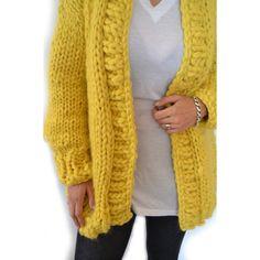 Promo Miss Rogers Cardi – Readmade Merino Wool Oversize Chunky Cardigan Chunky Knit Cardigan, Brown Cardigan, Oversized Cardigan, Oversized Tops, Thick Sweaters, Bubblegum Pink, Lana, Merino Wool, Knitwear