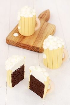 Beer mug chocolate cupcakes with chantilly cream topping. Would also work with tea cups or coffee cup cakes. Mug Cupcake, Cupcake Cakes, Cup Cakes, Sweet Recipes, Cake Recipes, Dessert Recipes, Baking Business, Love Cake, How Sweet Eats
