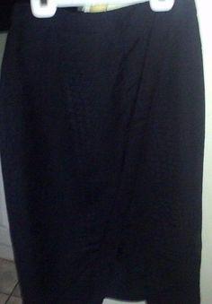 SKIRT JENNIFER LOPEZ BLACK LINED SNAKE SKIN STYLE V-HEM  #JENNIFERLOPEZ #TAPEREDSKIRT