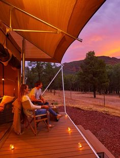 Ikara Safari Camp offers a 'glamping' experience with 15 luxury Safari Tents in the Flinders Ranges National Park with direct views of Wilpena Pound. Australia Tourism, South Australia, Luxury Tents, Family Tent, Camping Glamping, Going On A Trip, Virtual Tour, Campsite, Safari