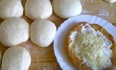 Hűtős lángos - tésztája eláll a hűtőben, mindig frissen sütheted! Mennyei ez a recept! Bread Recipes, Cake Recipes, Cooking Recipes, Food 52, Diy Food, Hungarian Recipes, Pasta Dishes, Scones, Bakery