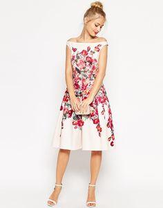 e9fff6f385da 50 Stylish Wedding Guest Dresses That Are Sure To Impress