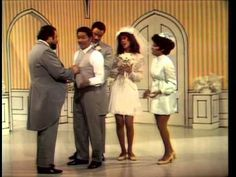 Late fall of 1969 the group The 5th Dimension has a huge hit with their recording of the Laura Nyro song 'Wedding Bell Blues.