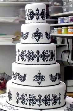 With a little Tiffany Blue mixed Dream wedding cake. Definitly going to the Cake Boss for this one :) Gorgeous Cakes, Pretty Cakes, Amazing Cakes, Amazing Art, Cake Boss Wedding, Wedding Cakes, Cupcakes, Cupcake Cakes, Fondant Cakes