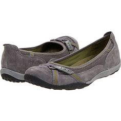 Yep, I ordered these. Yep, they are the most comfortable shoes ever. My feet thank me.