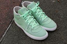 Nike Manor- Fresh Mint Nike Heels 026b54e618
