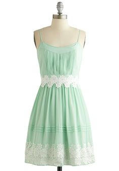 Life is But a Gleam Dress in Mint | Mod Retro Vintage Dresses | ModCloth.com