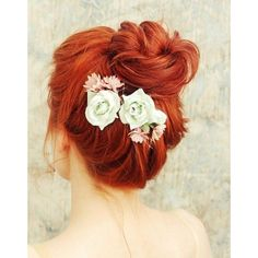 redhead ❤ liked on Polyvore featuring beauty products, haircare, hair styling tools, hair, hairstyles, bun, flowers and lullabies