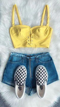 Teenage Fashion 2016 - January 07 2019 at Teen Fashion Outfits, Fashion Tips For Women, Trendy Outfits, New Fashion, Cool Outfits, Fashion Trends, Fashion Beauty, Fashion 2016, Chanel Fashion